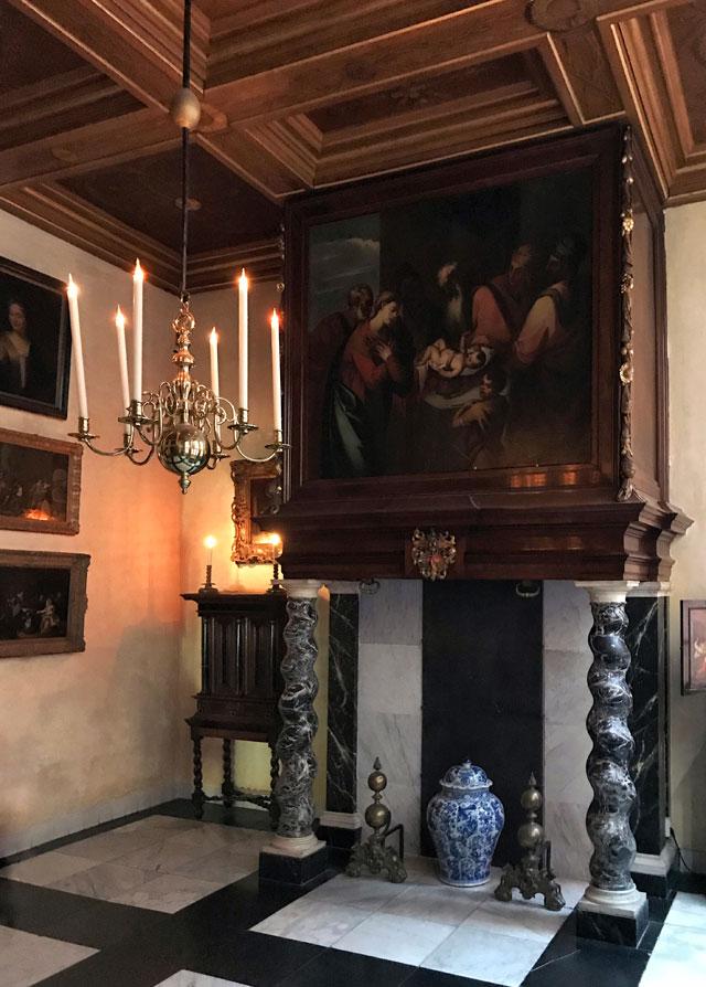 La Chiesa in Soffitta è una chiesa domestica nascosta rimasta ad Amsterdam