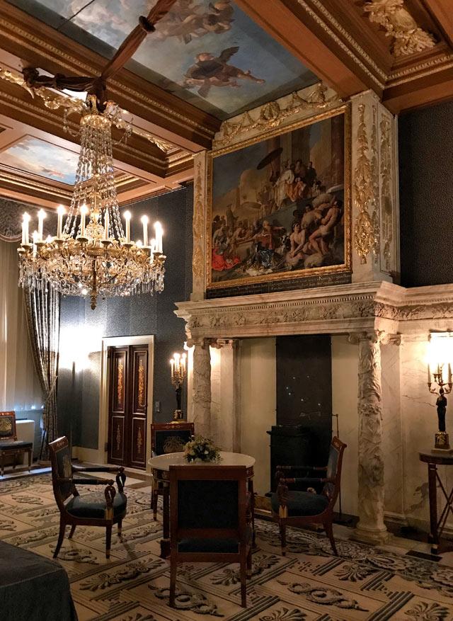 Il Palazzo Reale di Amsterdam fu la dimora di Luigi Bonaparte re d'Olanda