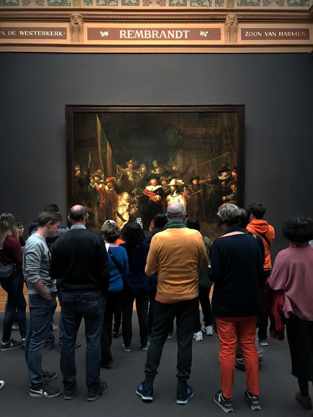La Ronda di Notte è il massimo capolavoro di Rembrandt, esposto al Rijksmuseum di Amsterdam