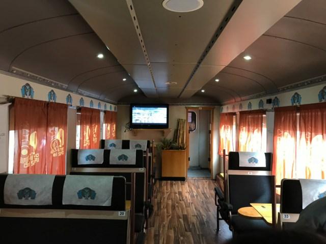 Il Treno dei Sapori del Lago d'Iseo ha carrozze speciali adatte per le degustazioni