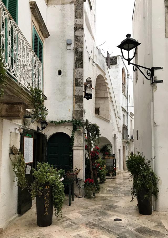 La Valle d'Itria è una delle zone da vedere in Puglia e delle più belle d'Italia