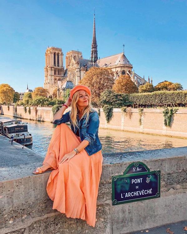 Marina Comes è una instagram travel influencer spagnola che scatta foto favolose