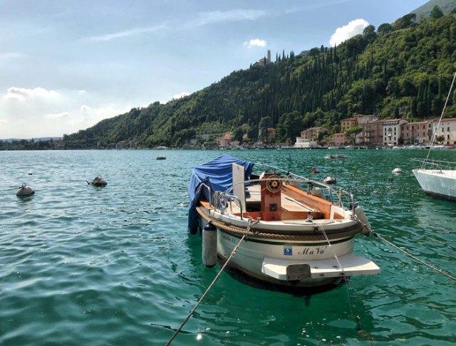 Il lungolago di Maderno è uno splendido punto da vedere del Lago di Garda