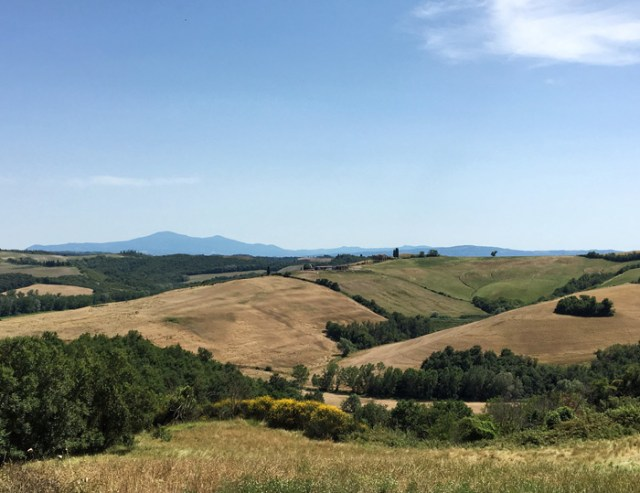 Cosa vedere nei dintorni di Siena? Le Crete Senesi, un paesaggio bellissimo!