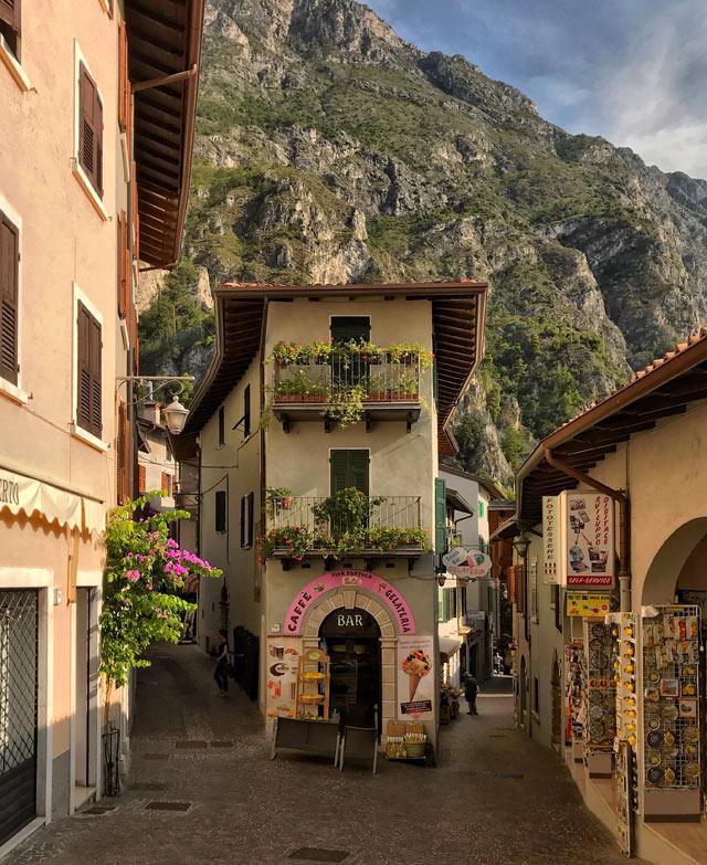Limone sul Garda è un paese meraviglioso in provincia di Brescia