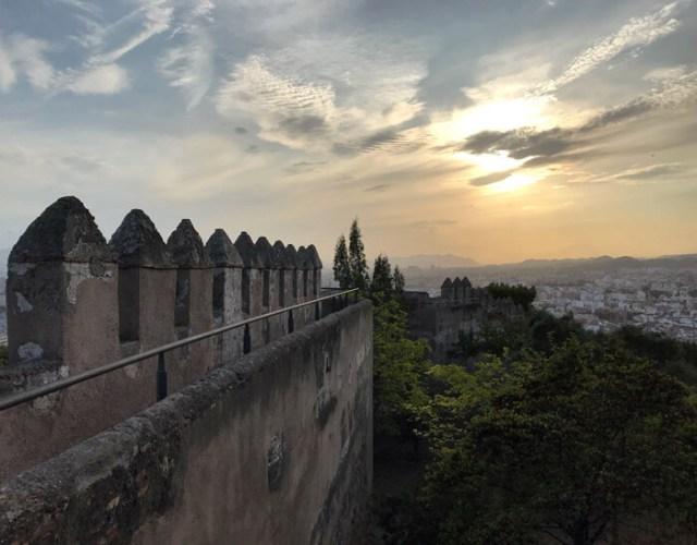 Il Castillo de Gibralfaro di Malaga regala viste meravigliose, specie al tramonto