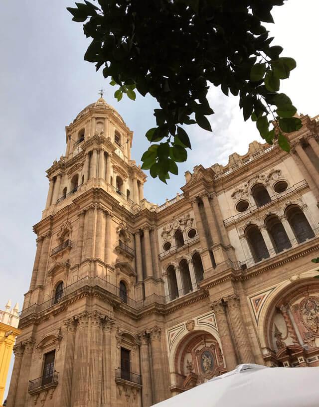 La maestosa Cattedrale di Malaga è chiamata Manquita perché incompiuta