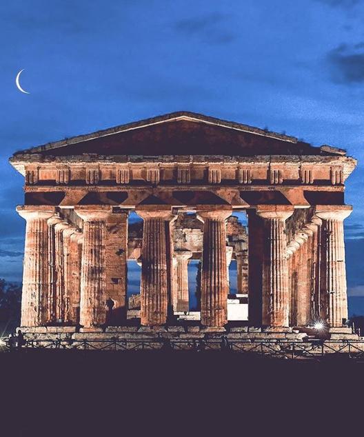 @felix_ph_ ritrae le bellezze di Napoli e della Campania come Paestum