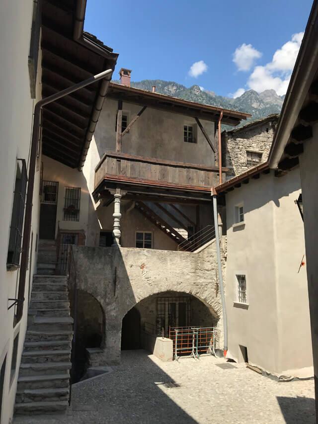 La Curt di Asen (corte degli asini) è palazzo antico del centro storico di Chiavenna