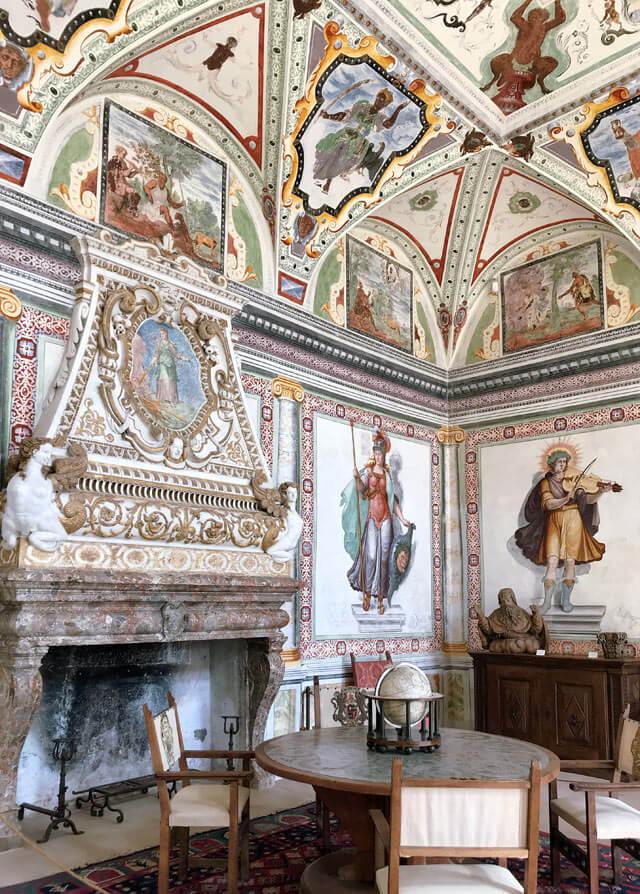 Palazzo Vertemate Franchi è una palazzo rinascimentale fantastico di Piuro in Valchiavenna