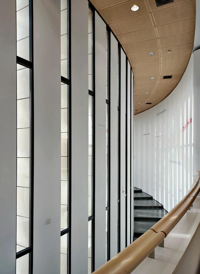 Il Mart di Rovereto si trova in un edificio realizzato dall'archistar Mario Botta
