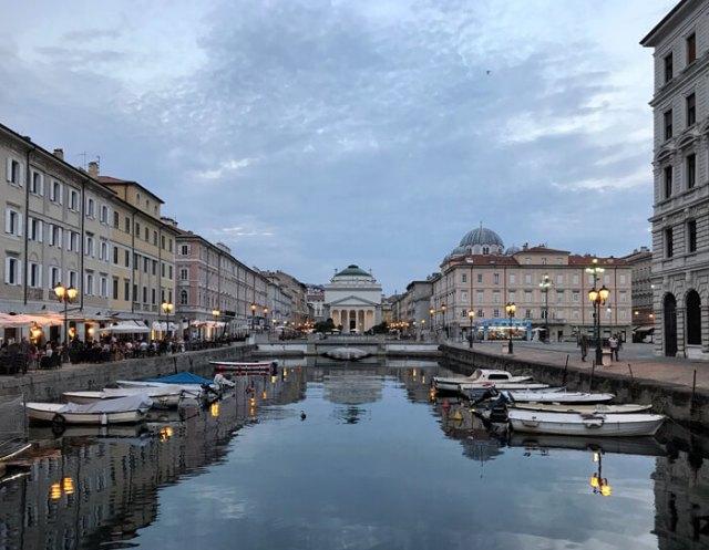La vista del Canal Grande di Trieste è l'immagine iconica