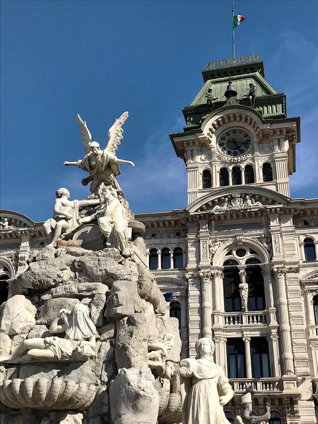 Il Palazzo del Municipio è il simbolo di Trieste