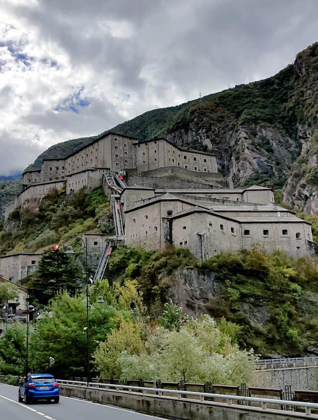 Il Forte di Bard è tappa obbligata del tour dei castelli della Valle d'Aosta