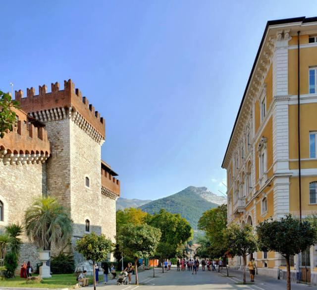 Palazzo Cybo-Malaspina è nel centro storico di Carrara
