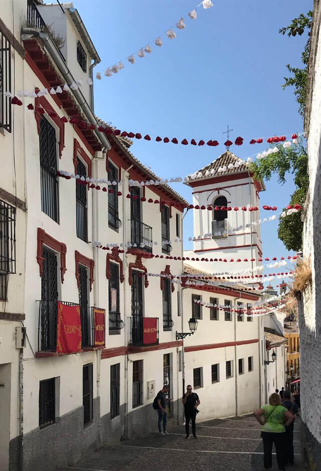 L'Albaicín è il quartiere moresco di Granada Patrimonio Unesco e pittoresco