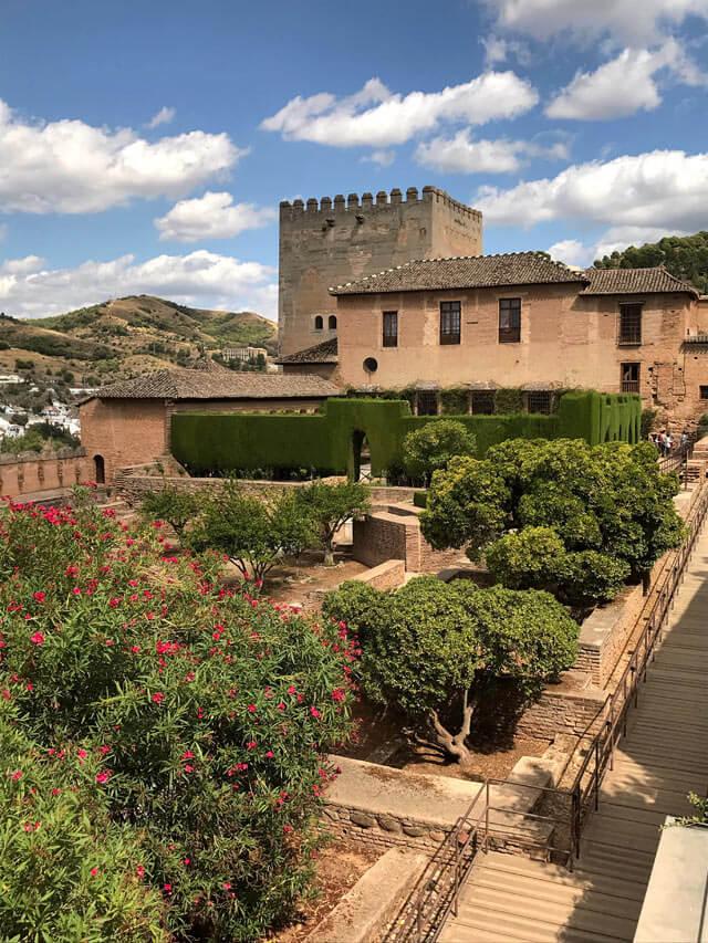 Cosa fare a Granada? Visitare l'Alhambra