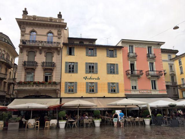 Piazza Riforma è una delle cose da vedere a Lugano in Ticino