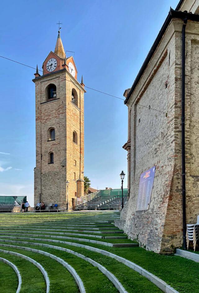 L'Auditorium Horszowski è in cima al borgo di Monforte d'Alba