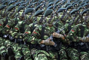 INDONESIAN SOLDIERS FROM THE NEWLY FORMED ELITE RAIDERS PARADE IN JAKARTA