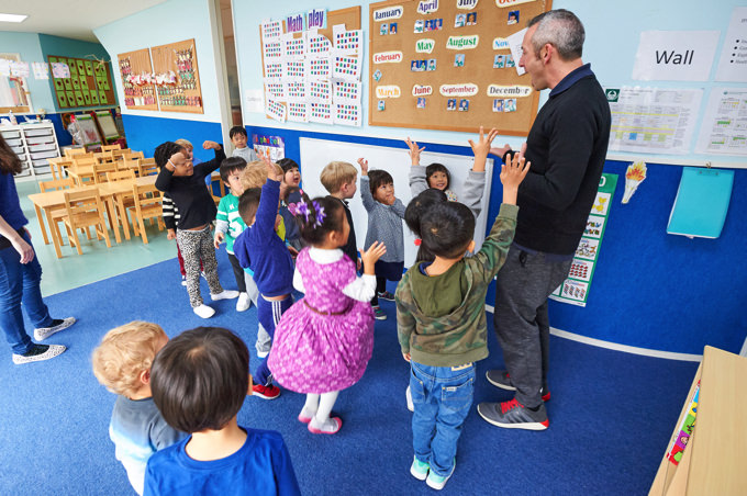 Central Forest International School(セントラルフォレストインターナショナルスクール)の先生と生徒・園児の様子