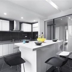 Large Kitchen Pantry Assembled Cabinets 大厨房怎么布置时尚厨房设计技巧 新浪家居 时尚厨房之小厨房变大厨房
