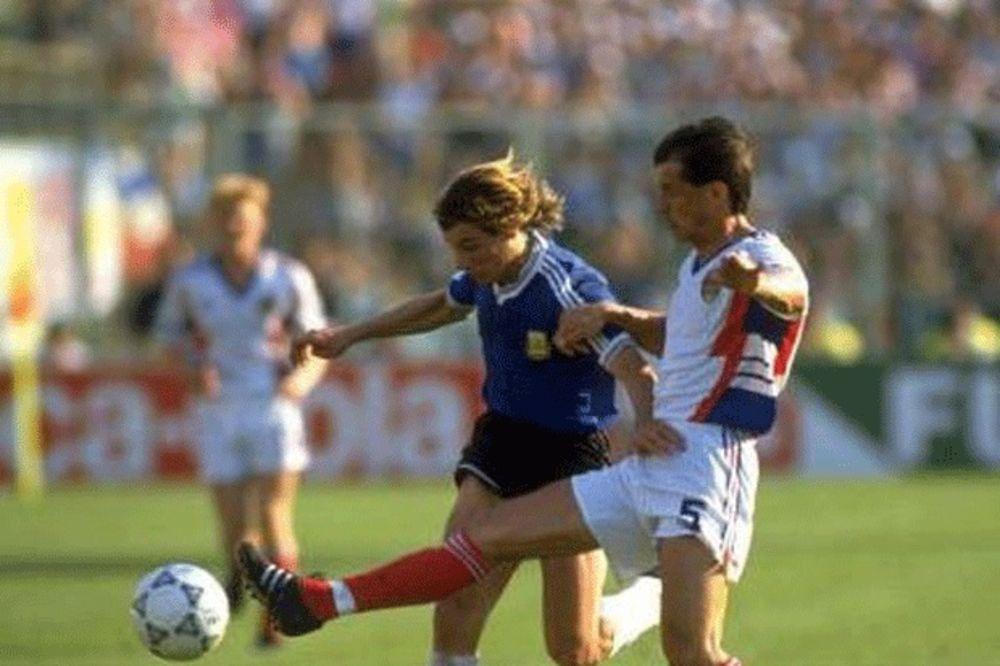 Claudio Caniggia i Faruk Hadžibegić u duelu