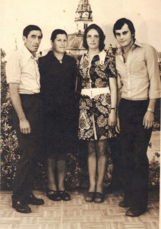 Pod tornjem Majke Božje Bistričke mama Ivka i tata Branko, a pod istim zvonikom i on sam sa svojom sestrom Antonijiom
