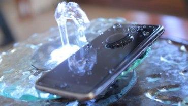 Top 5+ Best Waterproof phones 2017 6