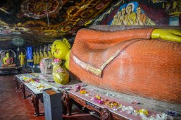 Aluvihara cave temples, sree is travelling (2)