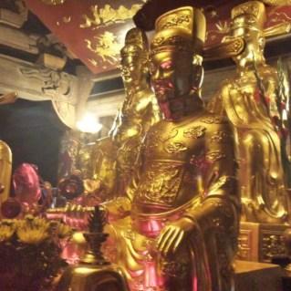 www.sreep.com 20160323_080711_RichtoneHDR Vietnam, Ninh Binh: Daytrip to the holy grottos of Ninh Binh & Trang An