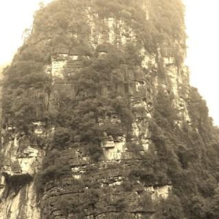 www.sreep.com 20160323_082239 Vietnam, Ninh Binh: Daytrip to the holy grottos of Ninh Binh & Trang An