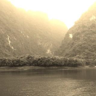 www.sreep.com 20160323_095949 Vietnam, Ninh Binh: Daytrip to the holy grottos of Ninh Binh & Trang An