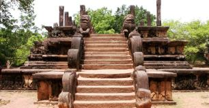 Sacred Quadrangle Vatadage Polonnaruwa Sri Lanka 16