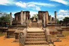 Sacred Quadrangle Vatadage Polonnaruwa Sri Lanka 2