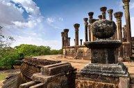 Sacred Quadrangle Vatadage Polonnaruwa Sri Lanka 3