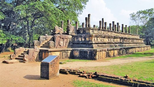 Sacred Quadrangle Vatadage Polonnaruwa Sri Lanka 43