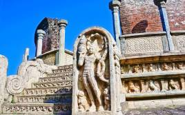 Sacred Quadrangle Vatadage Polonnaruwa Sri Lanka 48