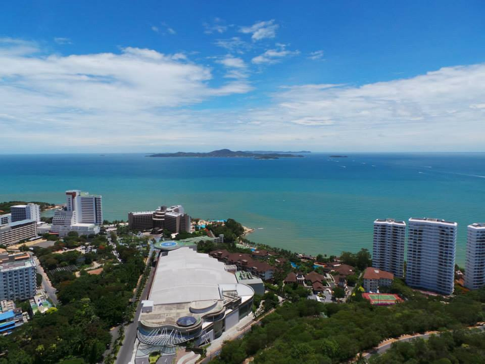 seaview from pratumnak hill pattaya