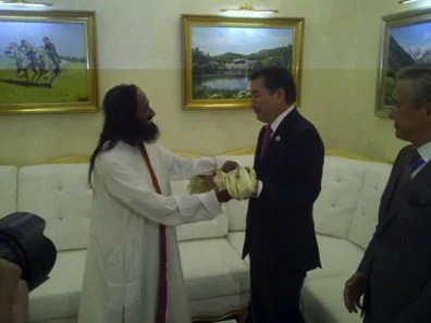 Sri Sri Received by Kazakhstan Leaders