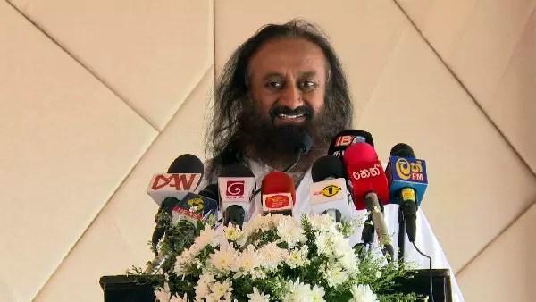 sri sri ravi shankar at press conf sri lanka 2016