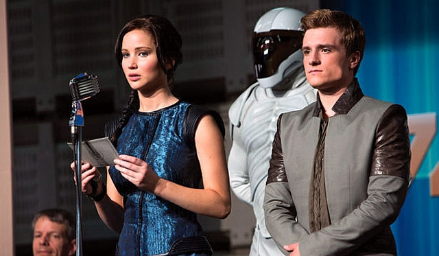 catching-fire-still-1