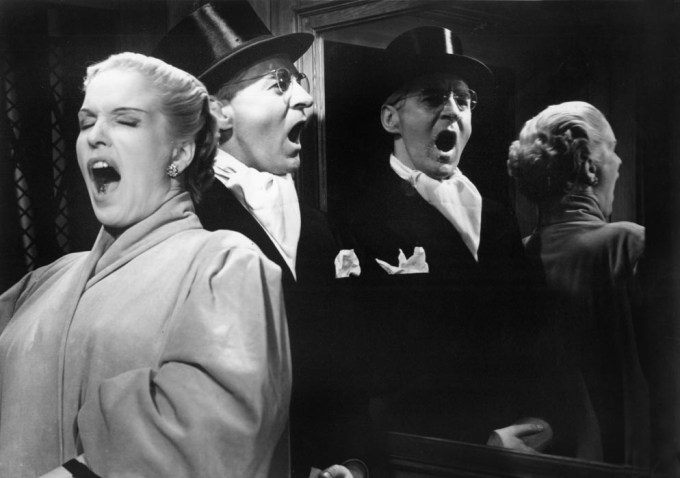 Secrets of Women (1952 Sweden) Kvinnors Väntan Written and directed by Ingmar Bergman Shown from left: Eva Dahlbeck (as Karin), Gunnar Björnstrand (as Fredrik Lobelius)
