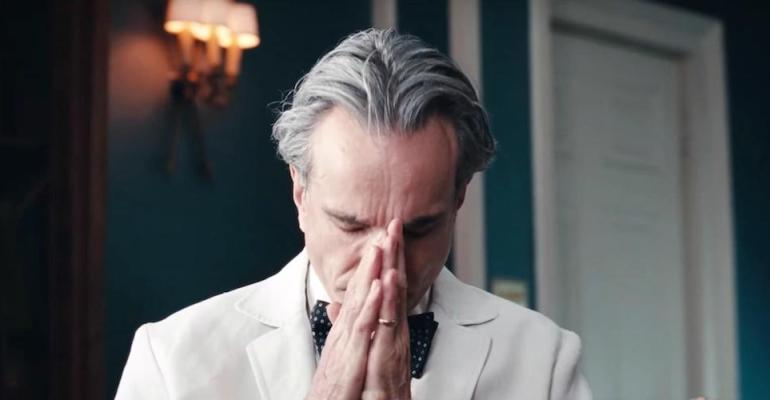 רוחות שונות בסרט ״חוטים נסתרים״ של פ.ת. אנדרסון