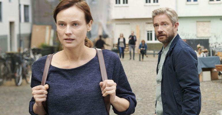״המורה לאנגלית״, סקירה לסרטו של יובל אדלר