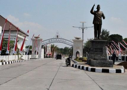Patung-Sukarno