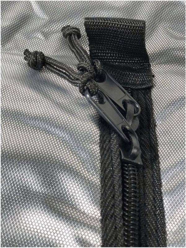 Surf foil and SUP foil protection bag for assembled foil nylon zip