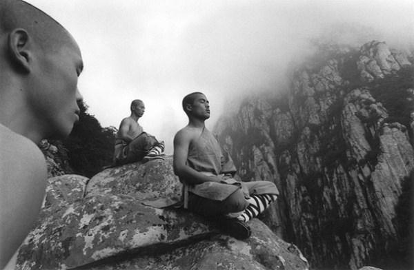шаолиньский монах медитация