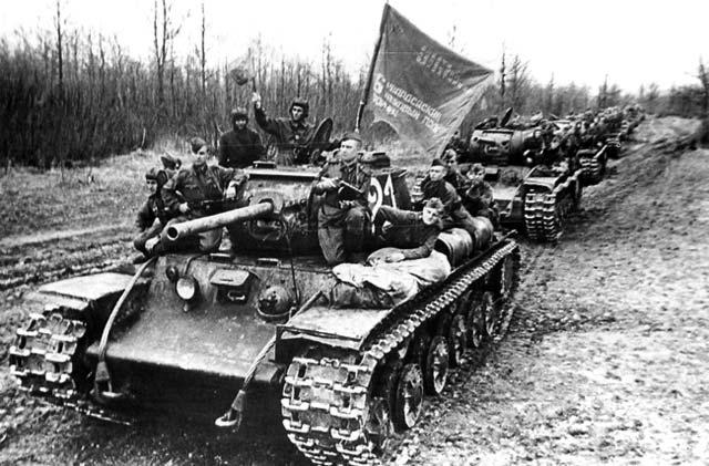 танк КВ