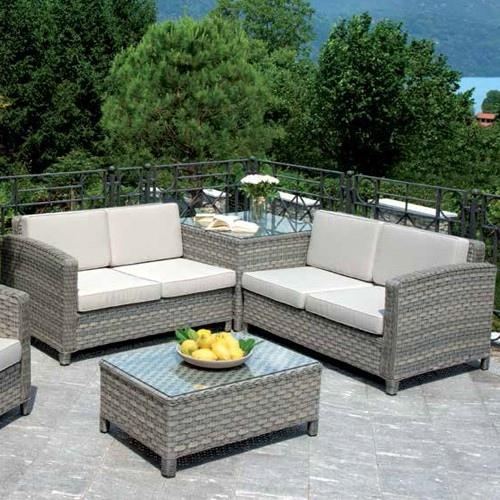 Set divanetti professionali Tropea 2 divani  angolare  poltrona tavolino rattan sintetico